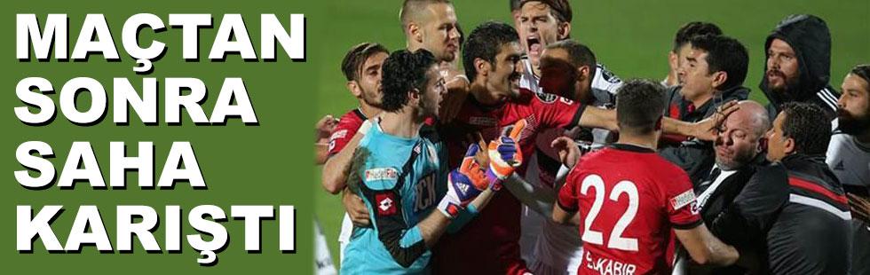 Beşiktaş maçından sonra saha karıştı