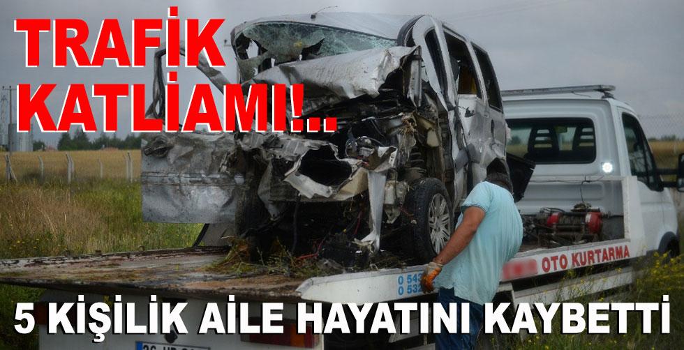 Trafik katliamı!.. 5 kişilik aile…